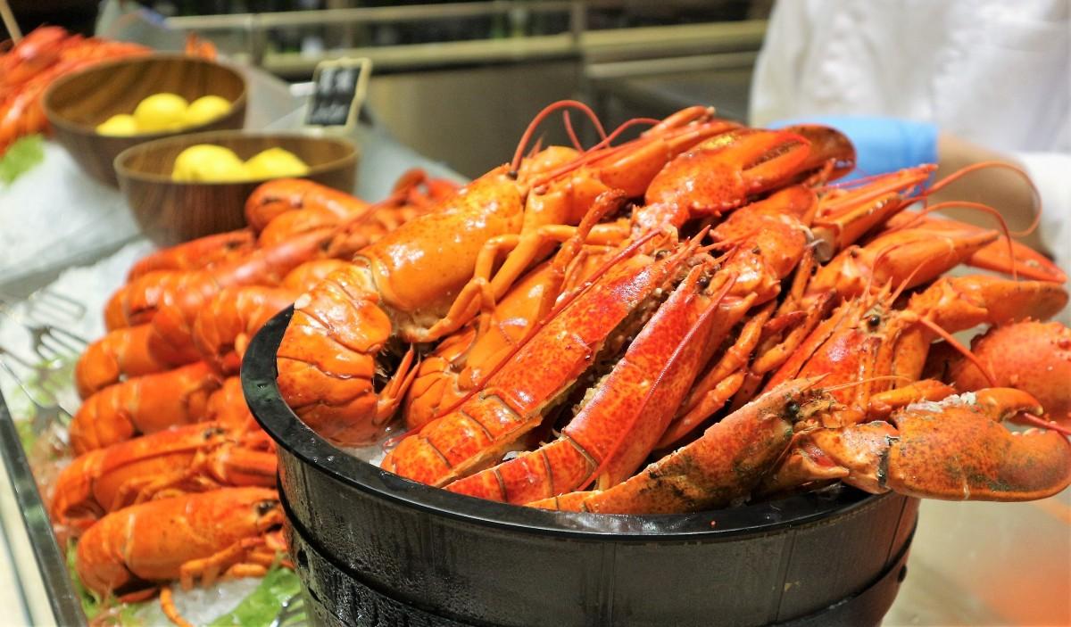 【自助餐】灣仔會展薈景今夏又有新意 - 任食龍蝦、任飲紅白酒、啤酒