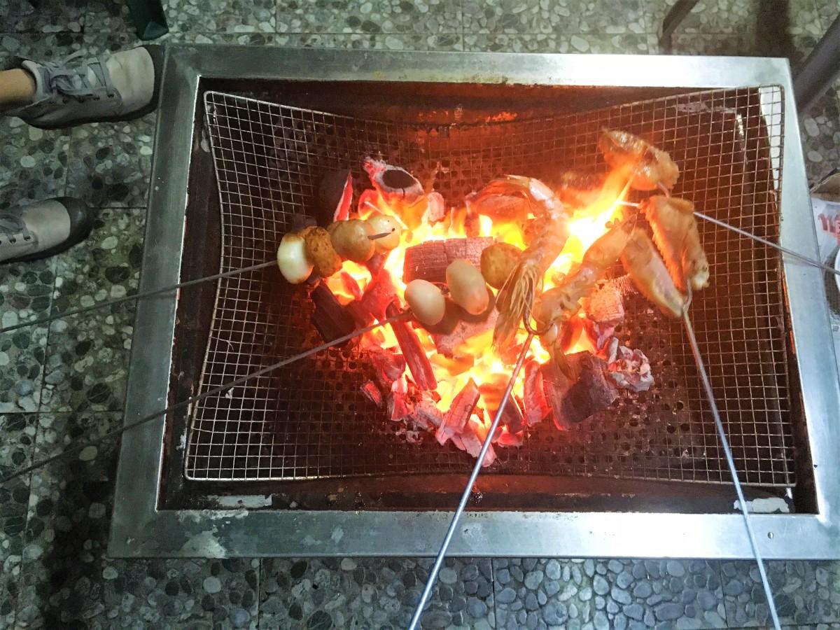 市區都可以BBQ!  介紹一個位於旺角鬧市的天台燒烤場!